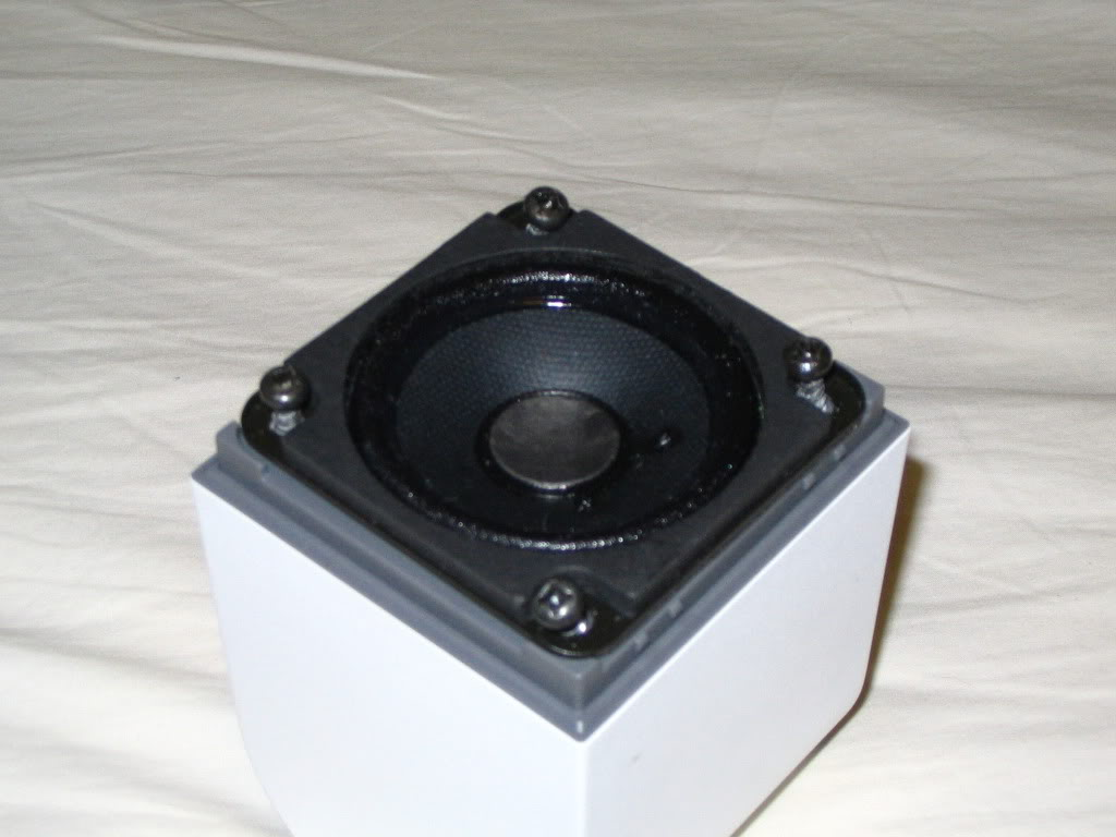 Bose Acoustimass Cube Speakers 02 What S Inside