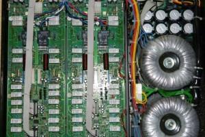Bose Entero 4200 Amplifier inside 1