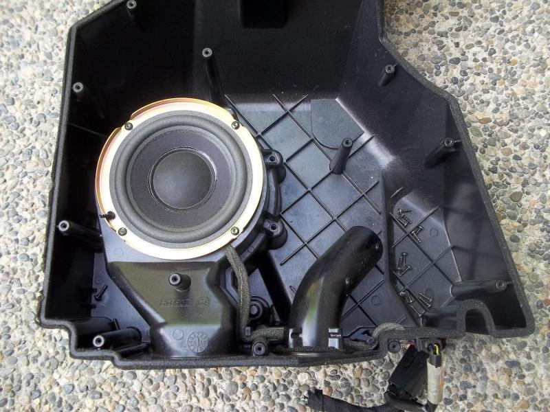 Bose Mercedes R129 Sl Sound System What S Inside