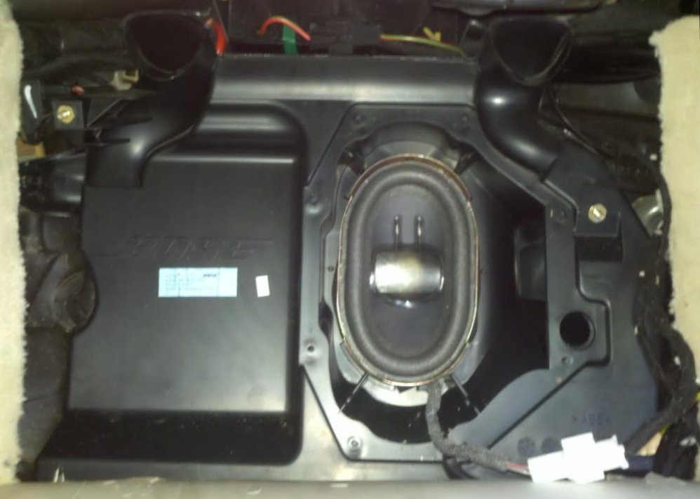 Bose Mercedes R230 Sl Sound System What S Inside