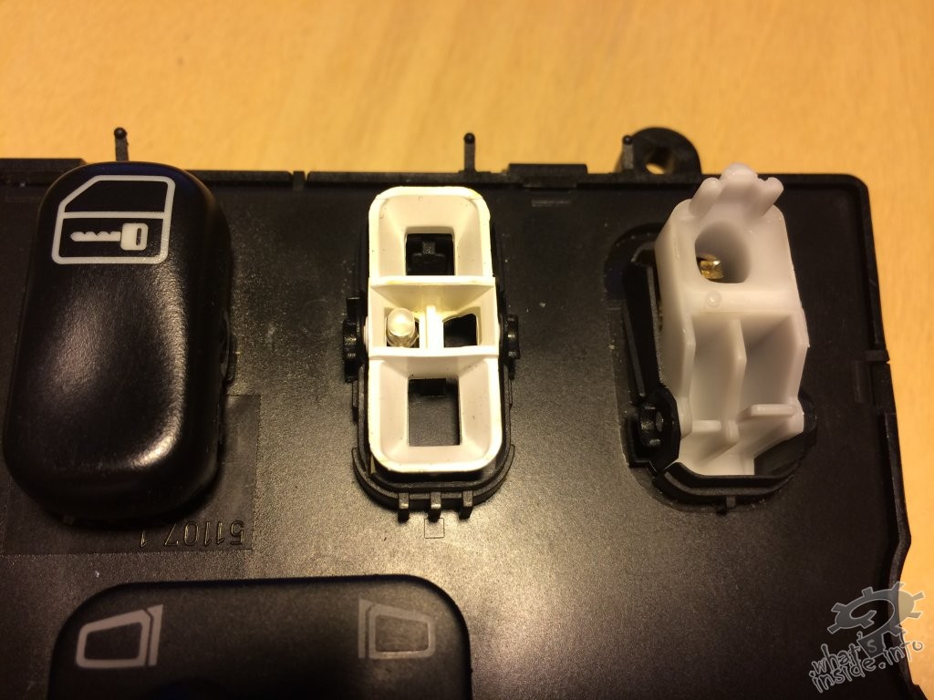Mercedes benz ml w163 window switch console what 39 s inside for Mercedes benz window switch